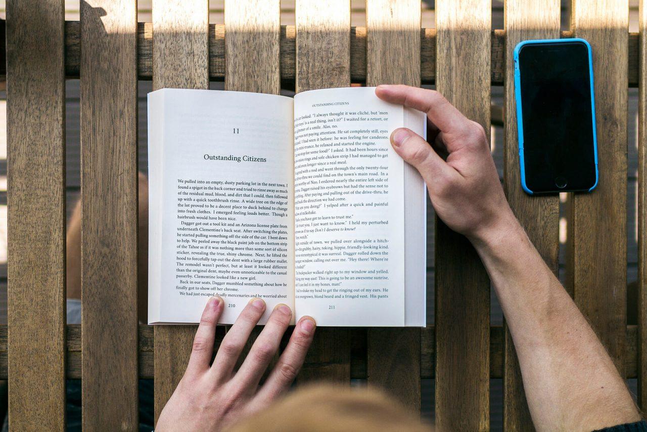 How to make a book Hiding Haelo open